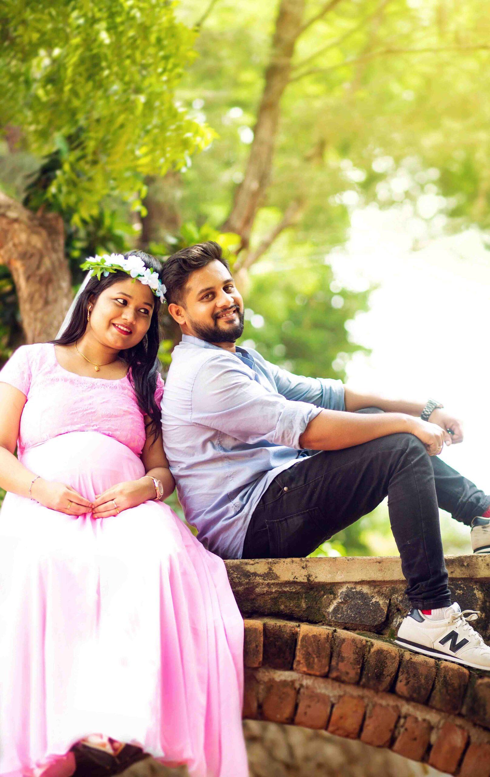 unique maternity photography